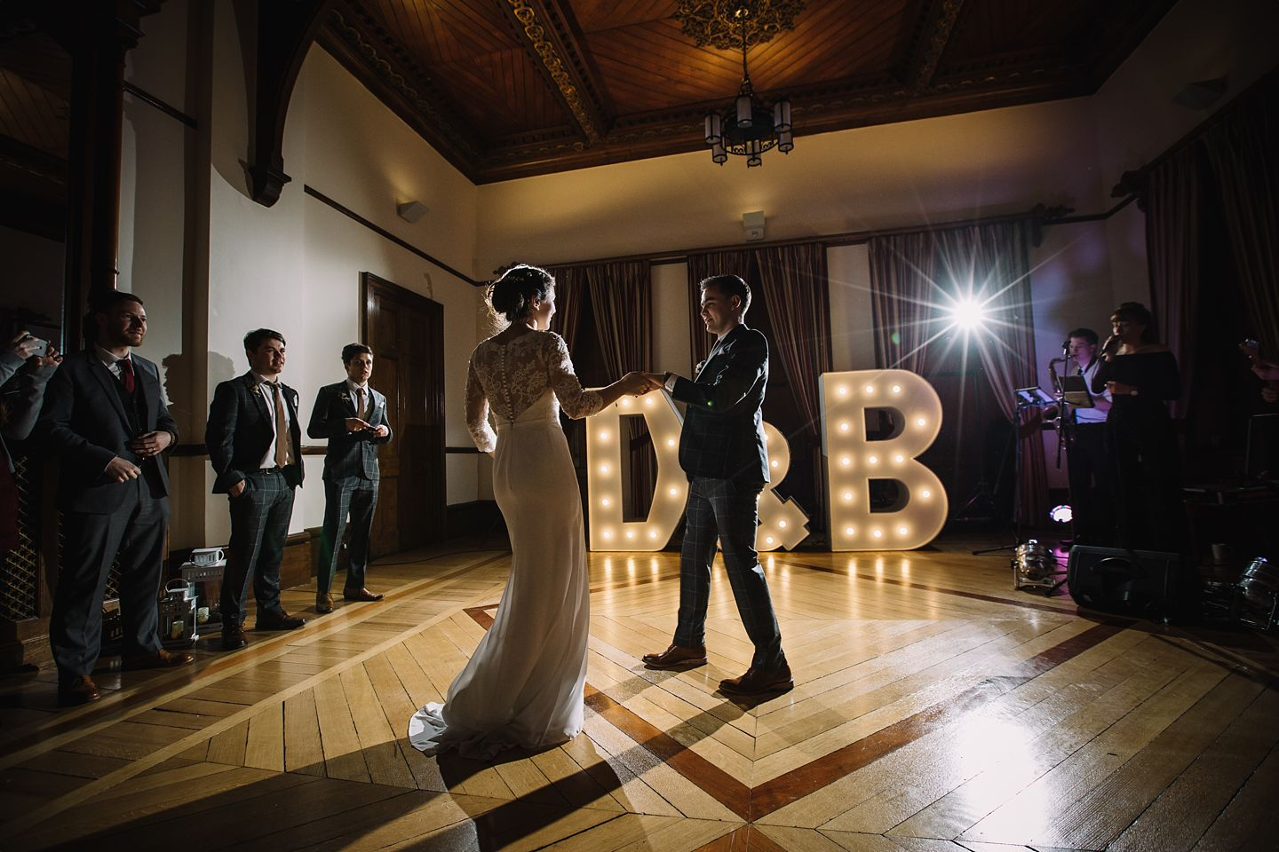 first-dance-sunbury-court-wedding-photography-vanessa-adams